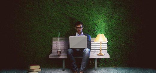 Lidé dnes pracují více, nemají však čas na blízké a stávají se workoholiky